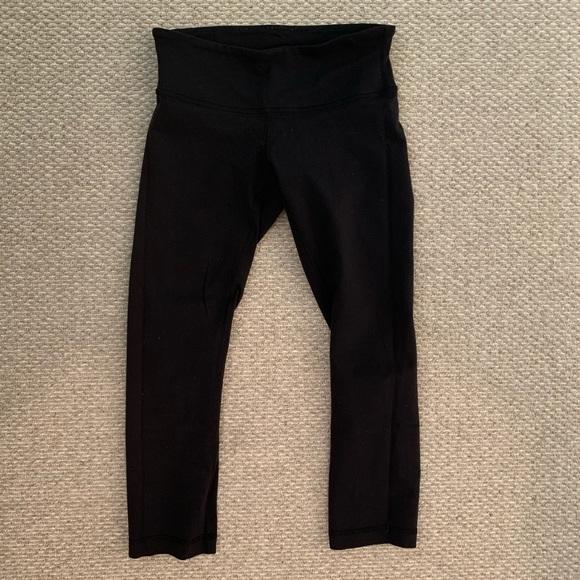 lululemon athletica Pants - Lulu Lemon Cropped Leggings